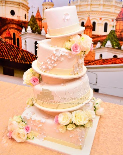 De dónde se originan los Pasteles de boda?