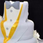 Pastel Novios Traje gris y vestido blanco